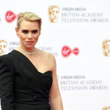 Billie Piper vindt social media beangstigend