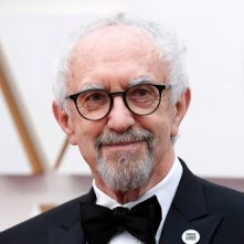 Jonathan Pryce speelt prins Philip in The Crown