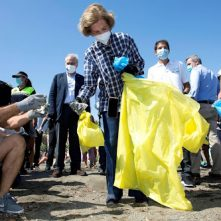 Royals in de weer op Cleanup Day