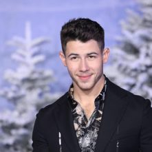 Nick Jonas maakt debuut als presentator Saturday Night Live